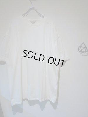 画像2: UNUSED(アンユーズド) ステンシル クルーネックTシャツ ホワイト