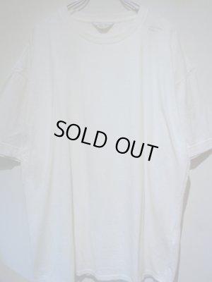 画像1: UNUSED(アンユーズド) ステンシル クルーネックTシャツ ホワイト