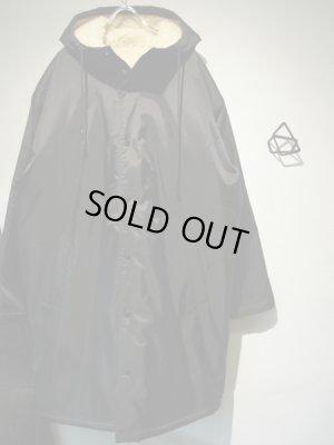 画像2: Urban Outfitters(アーバンアウトフィッターズ) ナイロン×ボアフーデッドコート ブラック